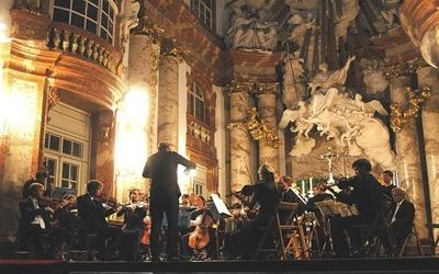 REQUIEM -Saint Charles Church Vienna